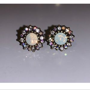 Opalescent Burnished Gold Stud Earrings lk NEW